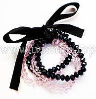 Комплект 4 браслета из чешского стекла розового и черного цвета