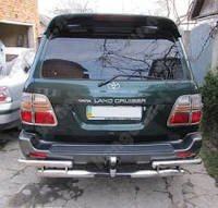 Защита заднего бампера Toyota Land Cruiser 100 (1998 - 2006)