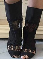 Летние тканевые сапожки со вставками макраме с открытым носком на плоской подошве