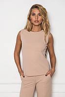 Женская строгая блуза в деловом стиле бежевого цвета