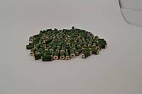 Бусина цилинд зеленого цвета декоративная керамическая ручной работы покрыта глазурью 13-15мм длина