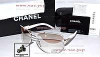 Женские солнцезащитные очки Chanel для облачной погоды