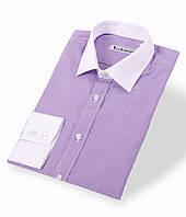 Сиреневая приталенная сорочка с белым воротником и манжетами