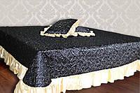 Покрывало атласное с рюшами и 2-мя подушками Altex (302)