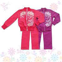 Комплект спортивной одежды на девочку