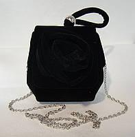 Вечерний велюровый клатч черного цвета