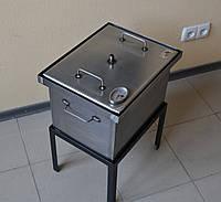 Коптильня для горячего копчения с термометром (400х300х280)