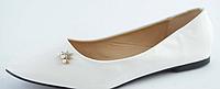 Балетки женские белые лаковые
