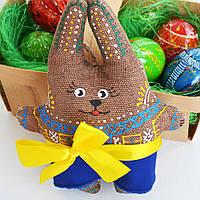 Пасхальная зайчиха в юбке. Украинский сувенир.