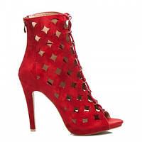 Красные замшевые женские босоножки с перфорацией на шнурках