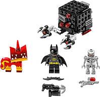 Конструктор Лего Муви 70817 Бэтмен и Супер Злая Кисонька атакуют (LEGO Movie 70817 Batman and Super Angry Kitt
