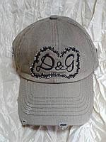 Бейсболка бежевая вышивка Dolce & Gabbana