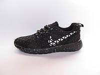 Кроссовки  женские Nike Roshe Run черные с белым подошва в белую точку( найк роше ран)р.37,39