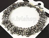Массивное ожерелье под серебро со стразами