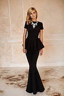Красивое платье-русалка с баской в пол черное