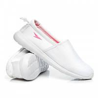 Женские летние низкие тканевые кроссовки белые без шнурков