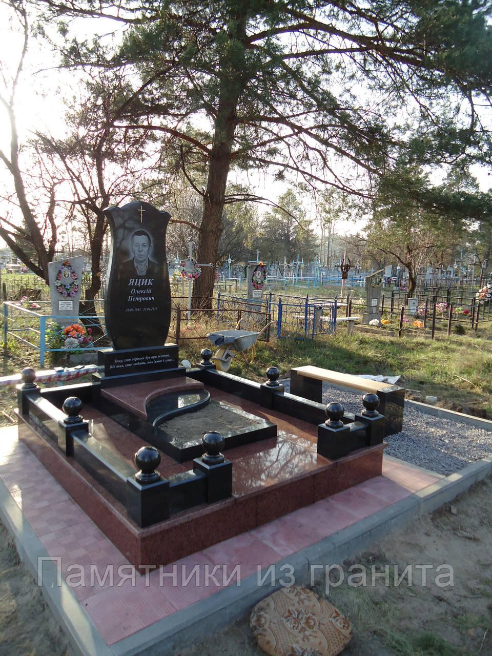 Памятники на могилу в казани фото и цены как обновить гранитный памятник