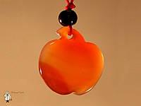 Амулет из сердолика «Яблоко»