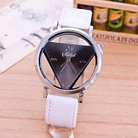 НОВИНКА! Стильные женские часы. Белые с черным (Код 031)