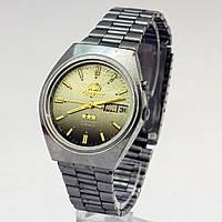 Часы Ориент на металлическом браслете