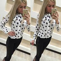 Женская рубашка Цвет белый в черных сердечках. Ткань креп-шифон. Размеры S, M. LK 1013
