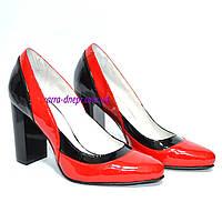 Женские кожаные классические туфли на высоком каблуке