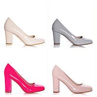 Туфли женские на толстом каблуке
