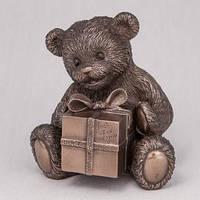 Бронзовая Статуэтка Мишка с подарком  (12 см)