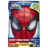 Электронная маска Человека-Паука  содержит в себе 40 фраз любимого героя