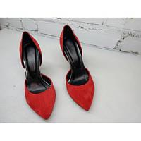 Замшевые туфли лодочки красные