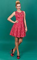 Невероятное женское платье