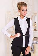 Черный удлиненный стройнящий женский жилет с ремешком