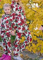Костюм детский спортивный DG белый с  красными розами