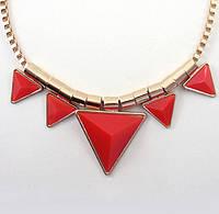 Колье Треугольники на цепочке красные