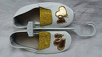 """Чешки детские кожаные """"Сердце"""" (белые с золотом)"""