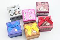Маленькие картонные подарочные коробочки для бижутерии 5х5 см (6 цветов)