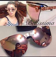 Стильные солнцезащитные очки в декорированной необычной оправе v-4316184