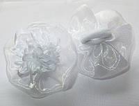 Банты школьные ручной работы, белая хризантема, на резинке