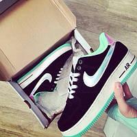 Кроссовки женские Nike Air Найк с голограммной вставкой нубук копия