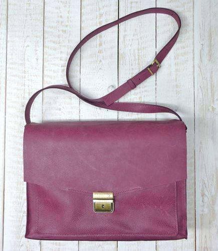 Прекрасная женская сумка из натуральной кожи GBAGS B032 баклажан