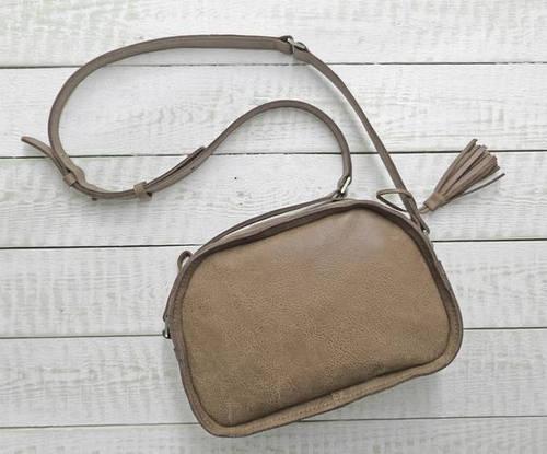 Нежная женская сумка из натуральной кожи GBAGS B.0006-ALI бежевый