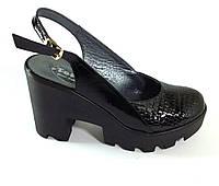 Комбинированные туфли с открытой пяткой натуральная кожа лак