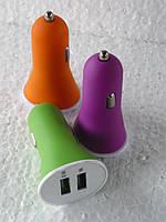 Зарядное устройство от салонного прикуривателя для мобильных телефонов или планшетов .