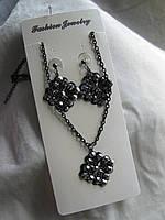 Набор цепочка с кулоном и сережками  длина цепочки с кулоном  26,0 см. длина сережек 5,0 см. сережки гвоздики