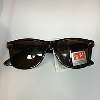 Коричневые солнцезащитные очки wayfarer