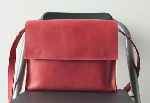 Яркая женская сумка из натуральной кожи GBAGS B026 красный