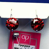 Круглые серебряные серьги с крупным красным камнем 2455