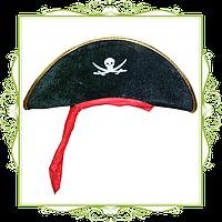 Шляпа с красной повязкой детская
