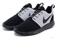 Кроссовки женские Nike Roshe Run Black\White