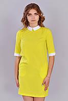 Желтое платье прямого кроя